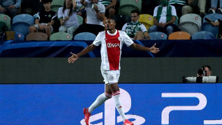 Sébastien Haller a inscrit un quadruplé sur la pelouse du Sporting Portugal pour sa première rencontre en Ligue des champions, le 15 septembre 2021. (PEDRO FIUZA / NURPHOTO / AFP)