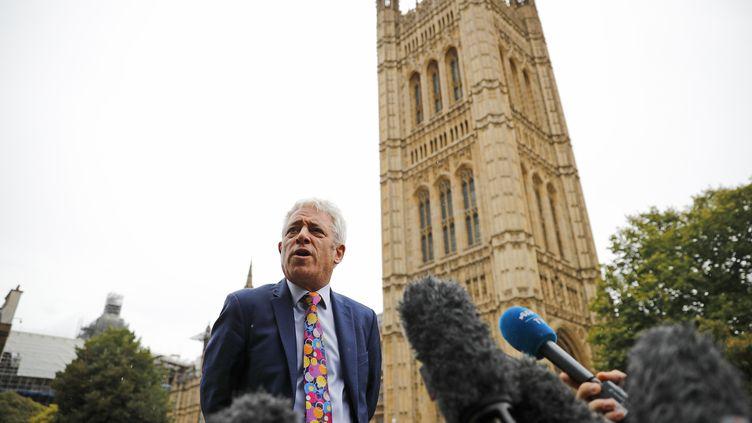 """Le """"speaker"""" de la Chambre des communes, John Bercow, donne une conférence de presse à Londres, le 24 septembre 2019. (TOLGA AKMEN / AFP)"""