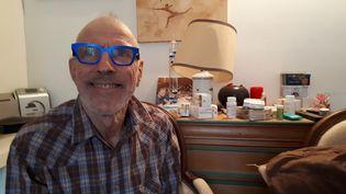 Jean-Louis Lecouffe a appris sa séropositivité à 52 ans. (SOLENNE LE HEN / FRANCE-INFO)