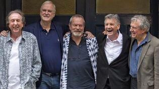 Les Monty Python à la veille de leur retour sur scène à Londres (de gauche à droite, Eric Idle, John Cleese, Terry Gilliam, Michael Palin, Terry Jones, 30 juin 2014)  (Justin Tallis / AFP)