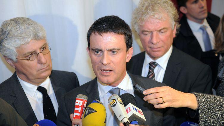 Le ministre de l'Intérieur, Manuel Valls, à Brest (Finistère), le 9 janvier 2014. (FRED TANNEAU / AFP)