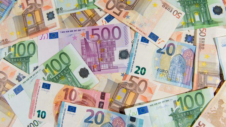 Une hausse des prix qui va peser sur le pouvoir d'achat en France (DANIEL REINHARDT / DPA)