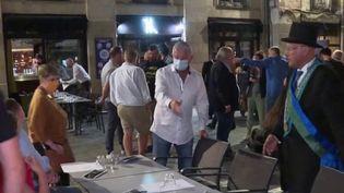 Déconfinement : l'impatience des cafetiers et restaurateurs (FRANCE 3)