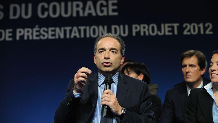 Le secrétaire général de l'UMP Jean-François Copé lors de la présentation du programme économique et social pour 2012, à Lambersart (Nord), le 22 novembre 2011. (WITT / SIPA)