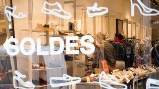 Les soldes dans un magasin à Lille (Nord), le 28 juin 2017. (PHILIPPE HUGUEN / AFP)