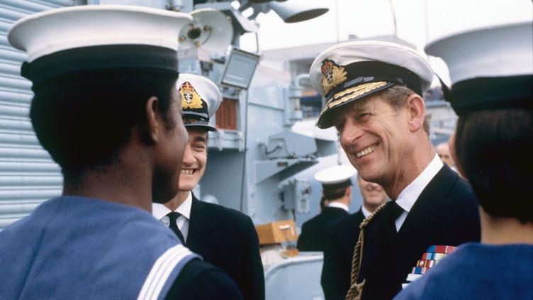 """Le prince Philip lors d'une visite, en Allemagne, du vaisseau """"Hessen"""" le 23 mai 1978. (DPA / MAXPPP)"""