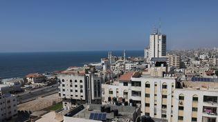 La ville de Gaza, dans l'enclave palestinienne du même nom, le 27 juillet 2021. (SAID KHATIB / AFP)