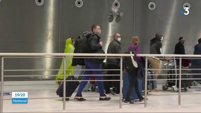 Covid-19 : des voyageurs soumis à une quarantaine pour éviter la propagation des variants
