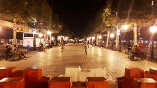 L'avenue Bourguiba, à Tunis, au lendemain des attentats, le 27 juin 2019. (BENJAMIN ILLY / FRANCE-INFO)