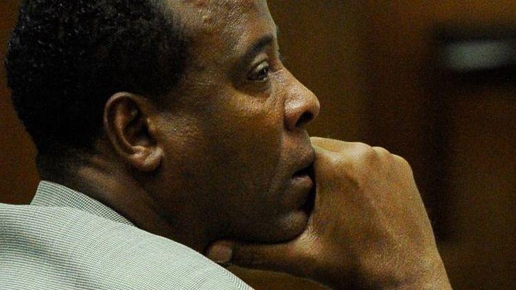Le Dr Conrad Murray, à son procès le 3 novembre 2011.  (KEVORK DJANSEZIAN - AFP)