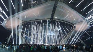 """Répétitions des chanteurs du concours de l'Eurovision sur le plateau de Kiev. Ici la candidate belge Blanche avec sa chanson """"City Lights"""".  (STR / NURPHOTO)"""
