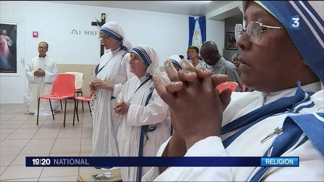 À Paris, on célèbre la canonisation de Mère Teresa