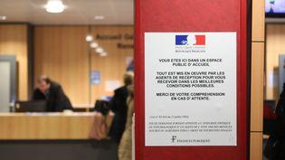 Photo d'illustration, centre de contacts d'Amiens, le 2 janvier 2019. (DOMINIQUE TOUCHART / MAXPPP)