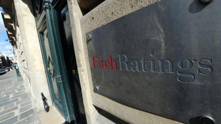 L'entrée de l'agence de notation Fitch Ratings à Paris. (MIGUEL MEDINA / AFP)