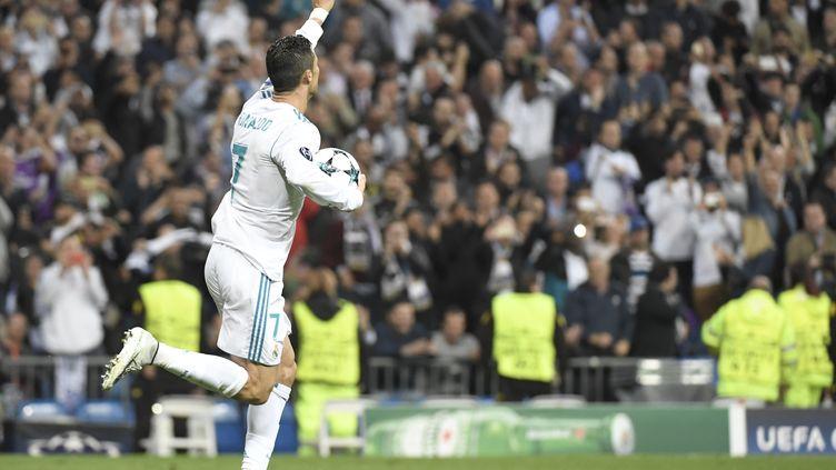 Le Real Madrid et Tottenham n'ont pu se départager au Bernadeu (1-1). (GABRIEL BOUYS / AFP)