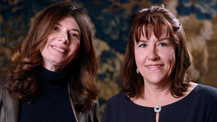 Raphaëlle Bacqué et Ariane Chemin en 2013  (ERIC FEFERBERG / AFP)