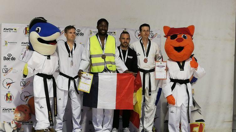 "Mamoudou Bassoum, ""gilet jaune"" et champion d'Europe de taekwendo (Radio France)"