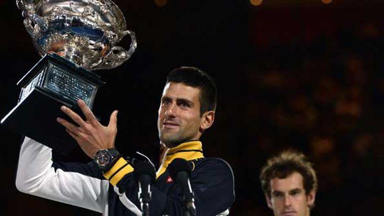 Novak Djokovic est devenu le premier joueur a remporter l'Open d'Australie trois fois consécutivement