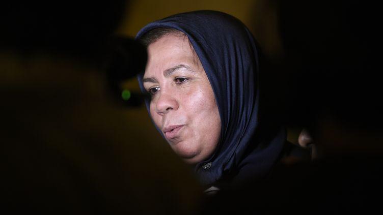 Latifa Ibn Ziaten, mère d'une des victimes de Mohamed Merah, le 2 novembre 2017 au tribunalde Paris. (STEPHANE DE SAKUTIN / AFP)