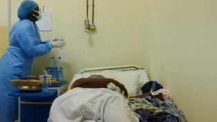 Covid-19 : l'Afrique, grande oubliée de la vaccination (France 2)