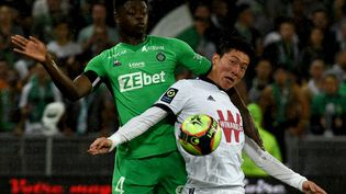 L'attaquant bordelaisHwang Ui-jo a inscrit un doublé samedi contre Saint-Etienne. (JEAN-PHILIPPE KSIAZEK / AFP)