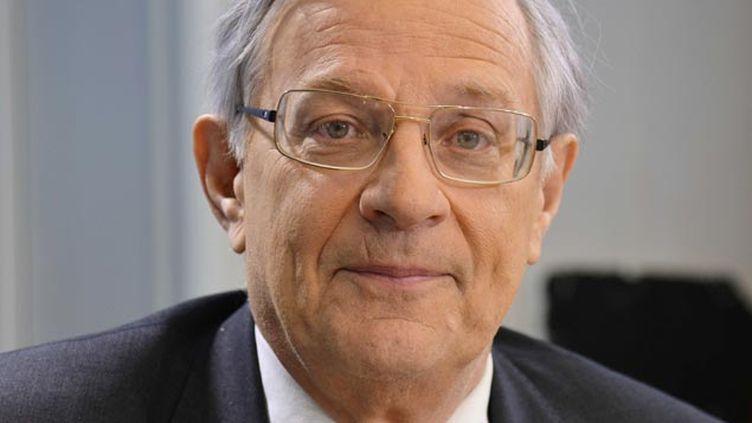 (Le professeur Dautzenberg est pour la libéralisation de la vente du cannabis © IBO/SIPA)