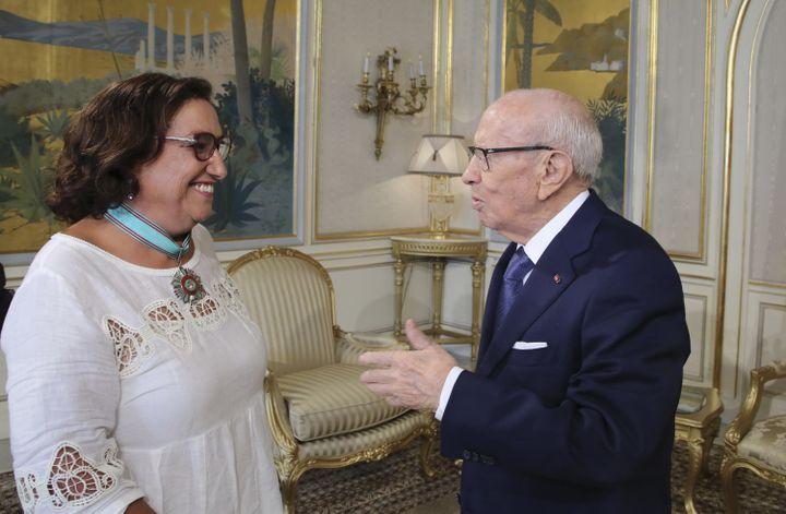 Bochra Belhaj Hmida avec le président Béji Caïd Essebsi (décédé en 2019) à Tunis le 13 août 2018. (AFP / TUNISIAN PRESIDENCY)