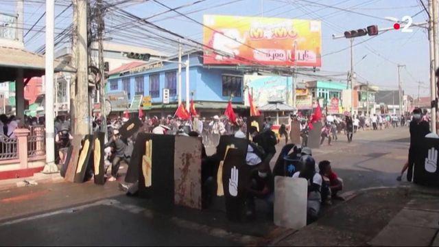 Birmanie : suite au coup d'Etat, la violente répression des manifestants s'intensifie