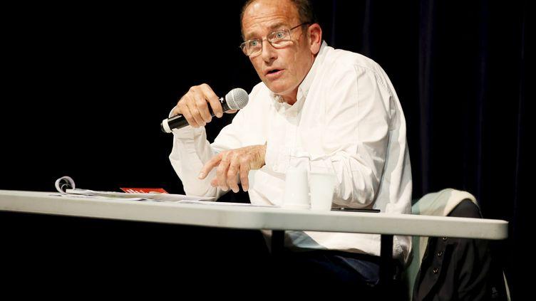 L'enseignant Etienne Chouard lors d'une conférence, le 23 décembre 2018 à Vidauban (Var). (MAXPPP)