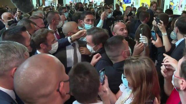 Macron oeuf