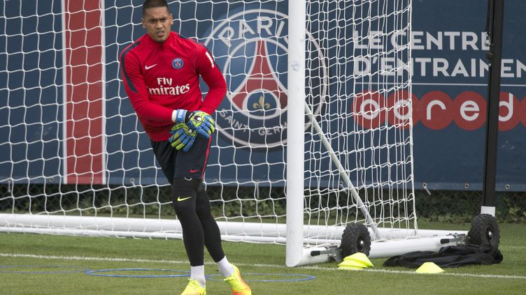 Alphonse Areola au Camps des Loges (Saint-Germain-en-Laye) (GEOFFROY VAN DER HASSELT / AFP)