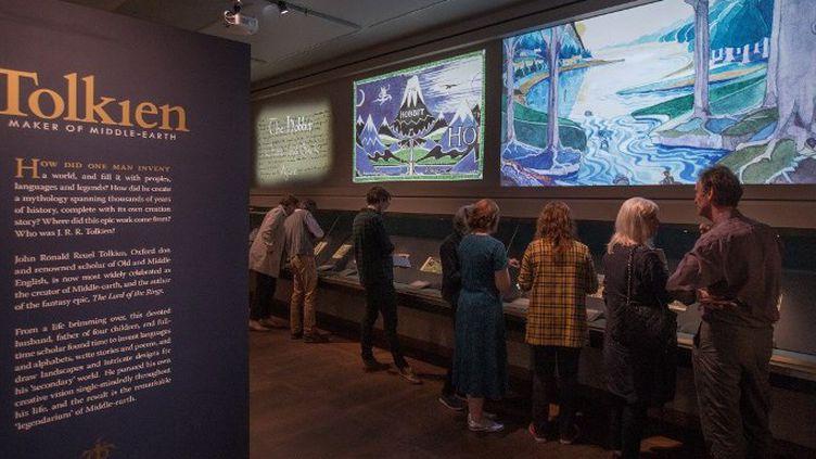 L'entrée de l'exposition Tolkien à Oxford (2018)  (Daniel LEAL-OLIVAS / AFP)