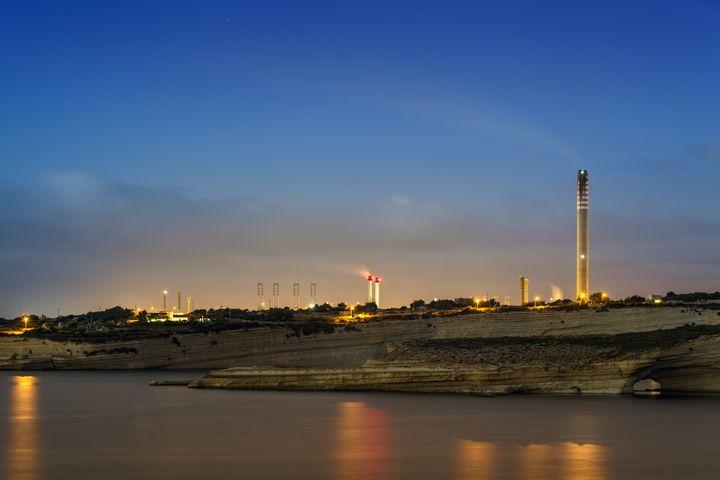La centrale électrique de Delimara, sur la côte est de l'île de Malte. (WILLIAM ATTARD MCCARTHY - MCCART / MOMENT RF)