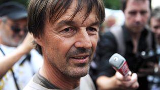Nicolas Hulot, lors de la campagne à la primaire écologiste, le 9 juillet 2011 à Nantes (Loire-Atlantique) (SALOM-GOMIS SEBASTIEN / SIPA)