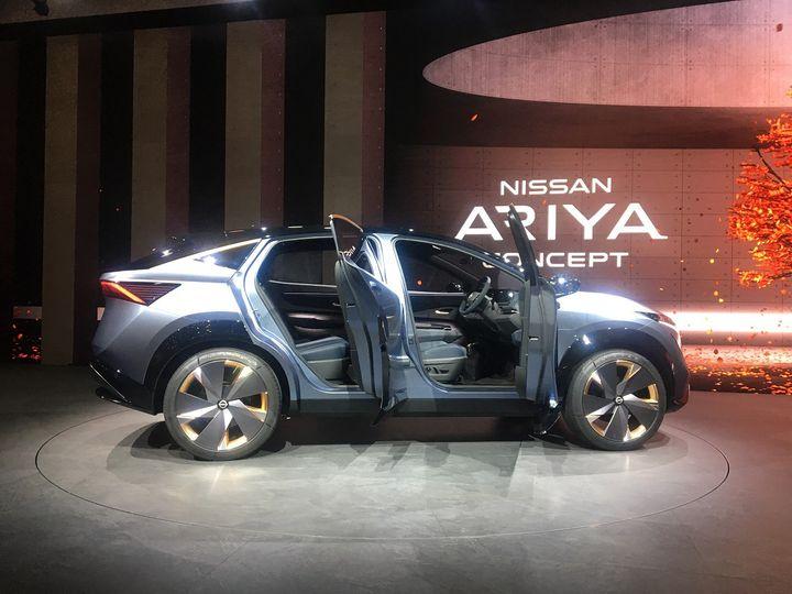 Le Nissan Ariya Concept préfigurant le futur des K-cars japonais. (SERGE MARTIN FRANCE INFO)