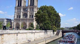 Les tours de Notre-Dame de Paris sont désormais plus faciles d'accès. (ALLILI MOURAD/SIPA)