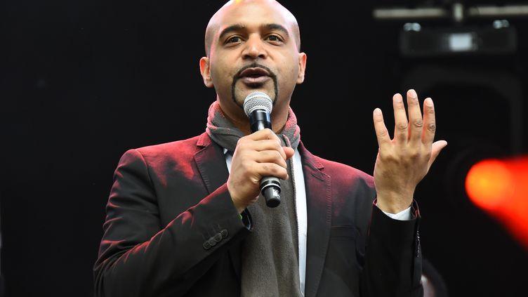 Dominique Sopo, le président de SOS Racisme, place de la République à Paris, en 2017. (BERTRAND GUAY / AFP)