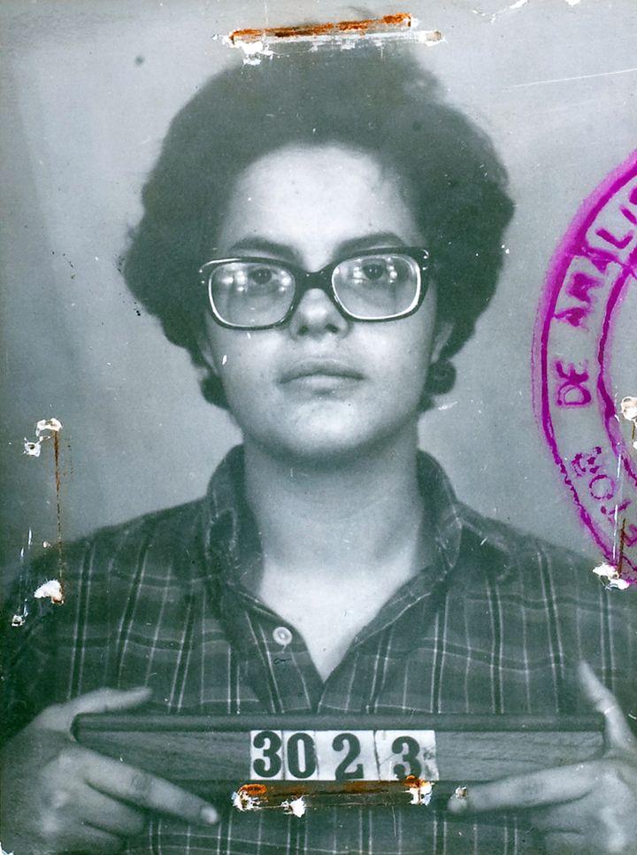 Dilma Rousseff photographiée lors de son arrestation au Brésil en 1970. (HO NEW / REUTERS)