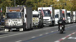 Manifestation de forains à Marseille, le 12 octobre 2020. (NICOLAS TUCAT / AFP)