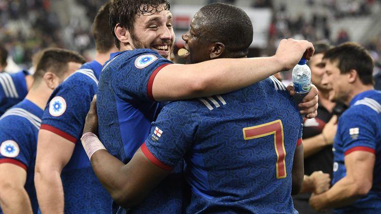 Paul Gabrillagues et Yacouba Camara auront-ils encore le sourire après le match contre les Gallois ? (CHRISTOPHE SIMON / AFP)