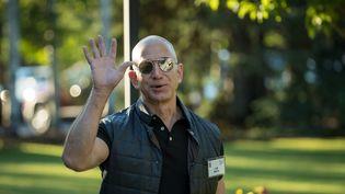 Jeff Bezos, le 13 juillet 2017 à Sun Valley (Idaho). (DREW ANGERER / AFP)