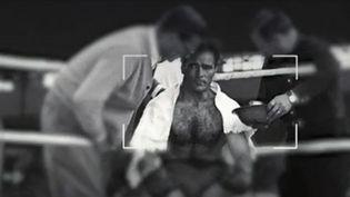 """Le journal 'L'Equipe"""" a décidé de vendre 200 photos d'exploits sportifs.  (France 2)"""