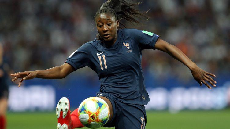 Kadidiati Diani (ici en juin 2019) et les Bleues lancent leur campagne de qualification pour la Coupe du monde 2023. (VALERY HACHE / AFP)