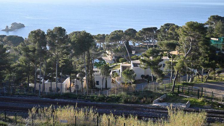 Le centre de vacances deCarry-le-Rouet (Bouches-du-Rhône) où sont accueillis 179 Français rapatriés de Wuhan, le 31 janvier 2020. (GERARD JULIEN / AFP)