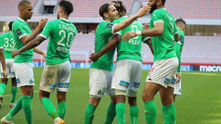 La délivrance pour Charles Abi, buteur contre Nice le 31 janvier 2021, et les Verts qui renouent avec le succès. (VALERY HACHE / AFP)