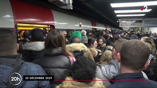 Grève des transports : LR veut renforcer le service minimum