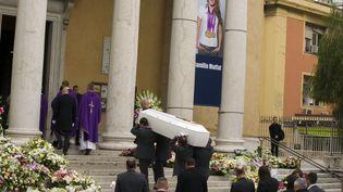 A Nice (Alpes-Maritimes), obsèques de Camille Muffat en l'église Saint Jean-Baptiste-Le Voeu, le 25 mars 2015. (CITIZENSIDE / ERICK GARIN / AFP)