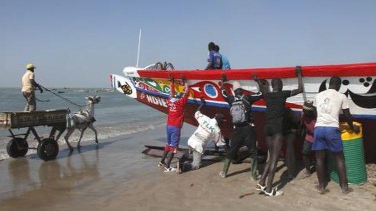 Pêcheurs traditionnels au Sénégal. (AFP)