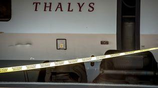 Le train Thalys à bord duquel aeu lieu une attaque qui a fait deux blessés, arrêté en gare d'Arras (Pas-de-Calais), le 22 août 2015. (PHILIPPE HUGUEN / AFP)