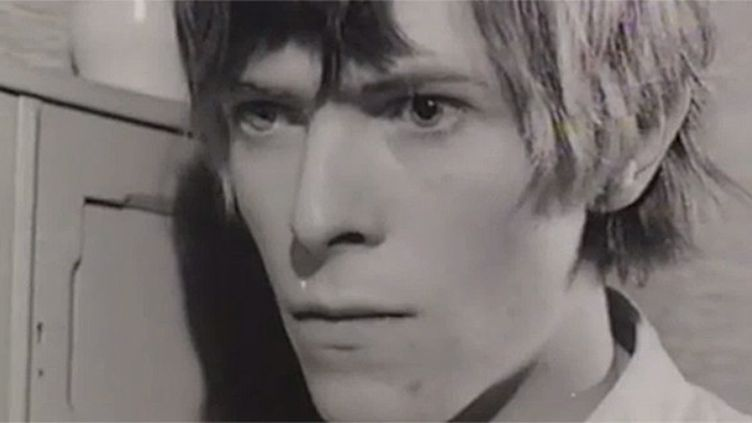 """David Bowie joue le rôle d'un fantôme dans """"The Image"""", court-métrage de 1967.  (The David Bowie Archive / Wall Street Journal)"""